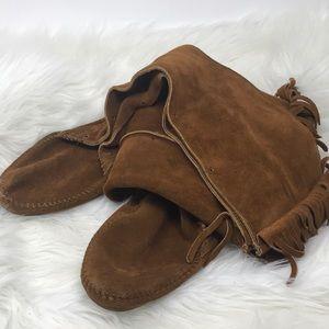 Minnetonka Over-the-Knee Suede Fringe Boot 10